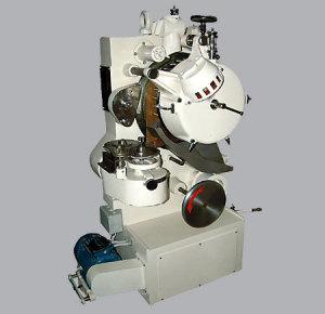 Maszyna formująca CMA7
